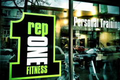 Rep1 Fitness front window to fitness facility in Vancouver